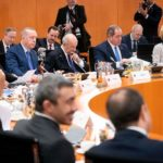 تبون يؤكد إستعداد الجزائر إيواء حوار الأطراف الليبية