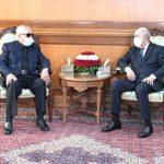 الرئيس تبون يتلقى مكالمة هاتفية من الرئيس الأسبق اليمين زروال